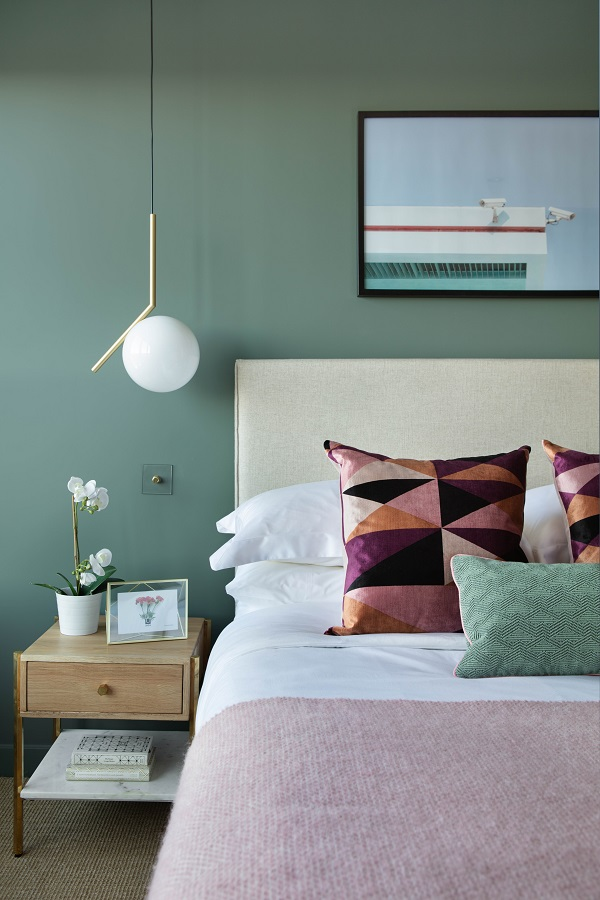 Pendant light - IC Pendant Light - Flos. Bedside table - Carson - Swoon.
