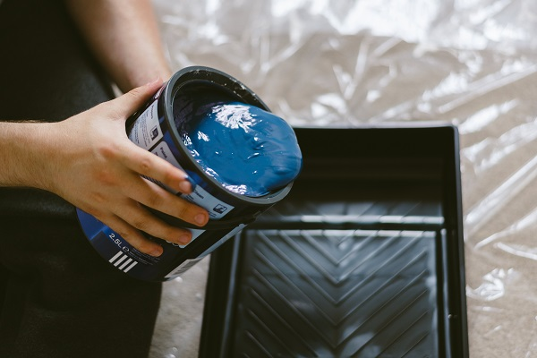 adult-blue-blue-paint-1166401.jpg