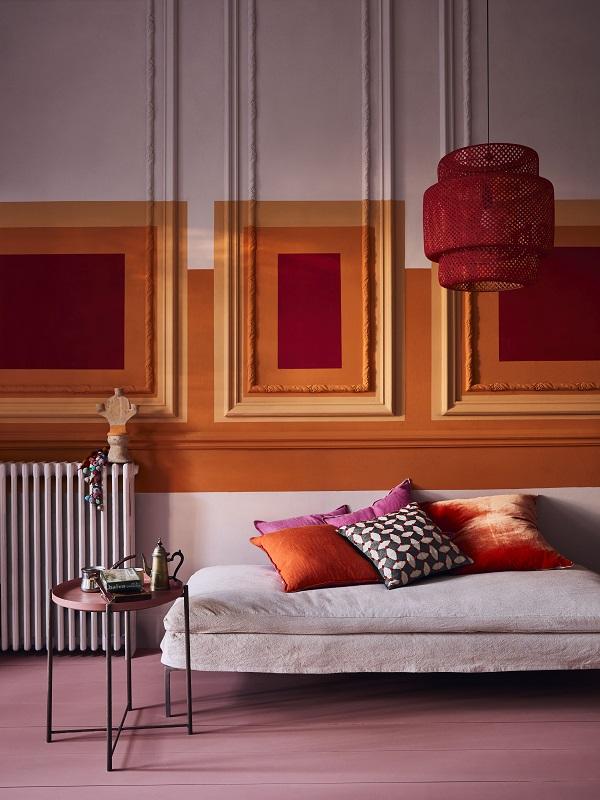 Annie Sloan   Chalk Paint   Sunset Squares On Panelled Wall   Antoinette Barcelona Orange Emperor's Silk   Lifestyle   Portrait (2).jpg