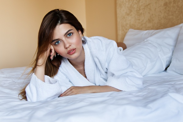 beautiful-beauty-bed-414023.jpg