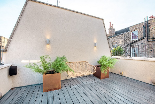 Foxtons Roof Terrace 2.jpg