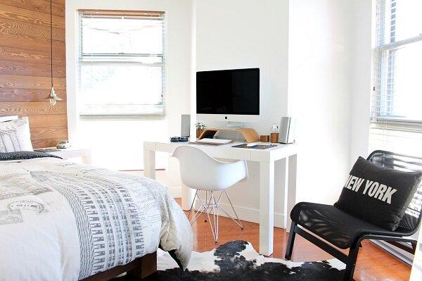 smaller bedroom.jpg