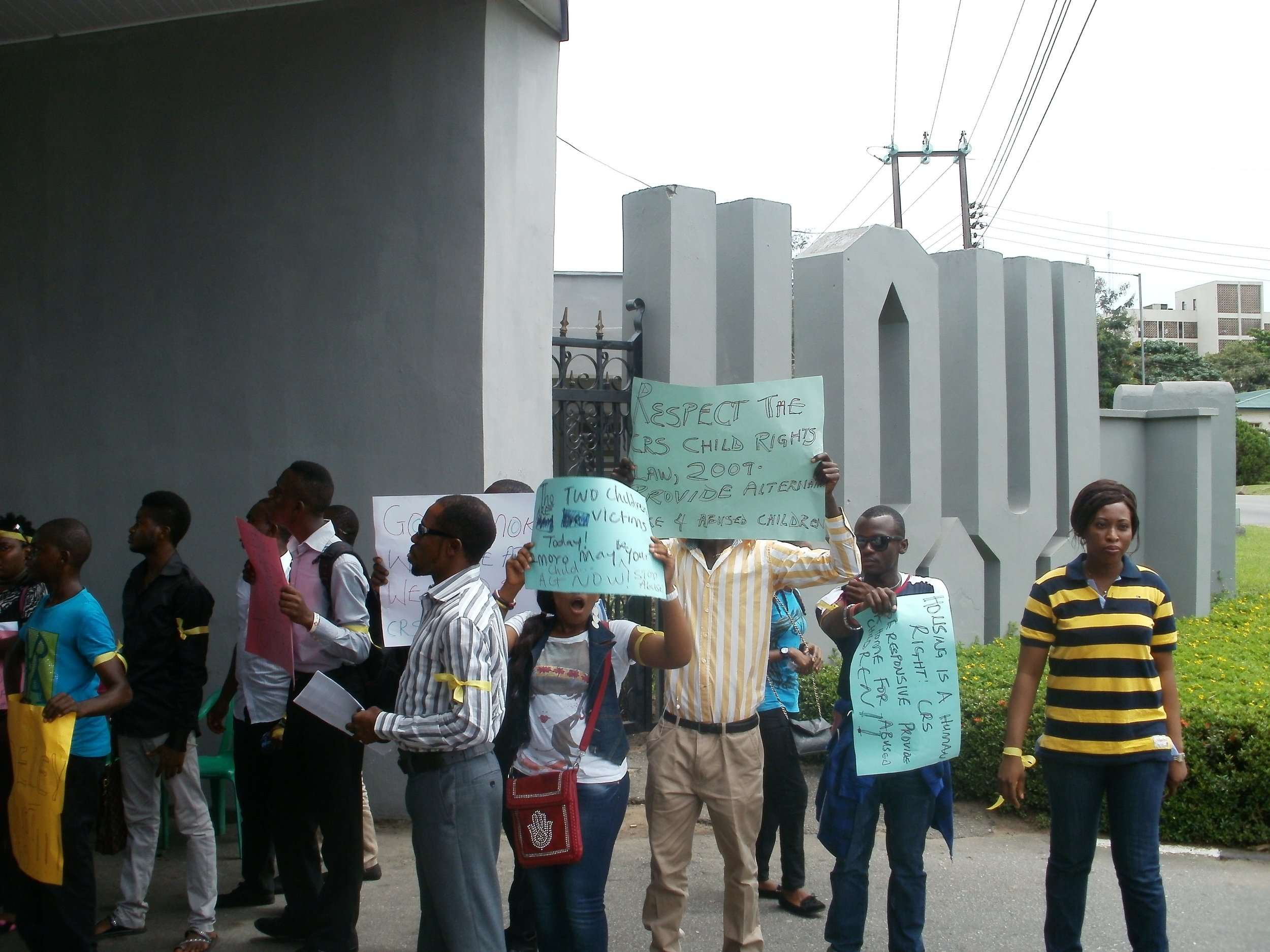 BRC protest match at Governors office.jpg