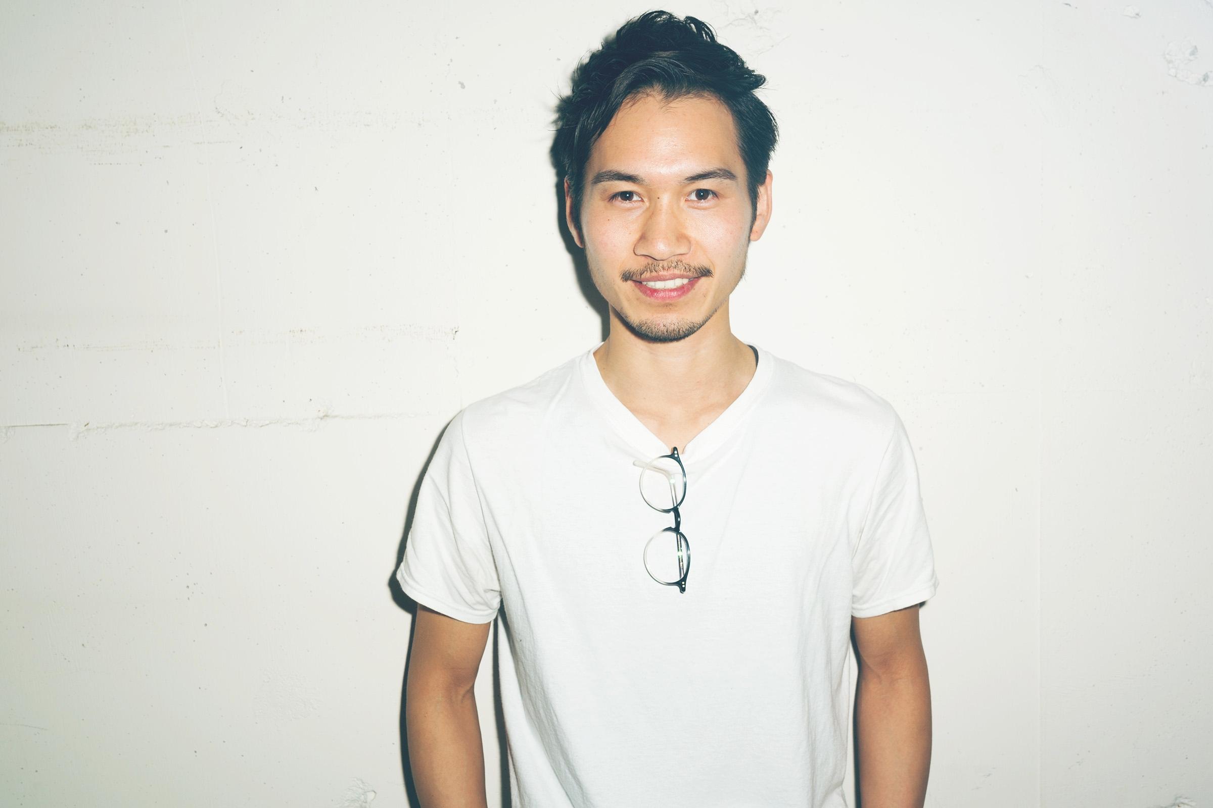 Nozomu Takizawa   Stylist  山野美容専門学校卒業。2010年Savaに参加。
