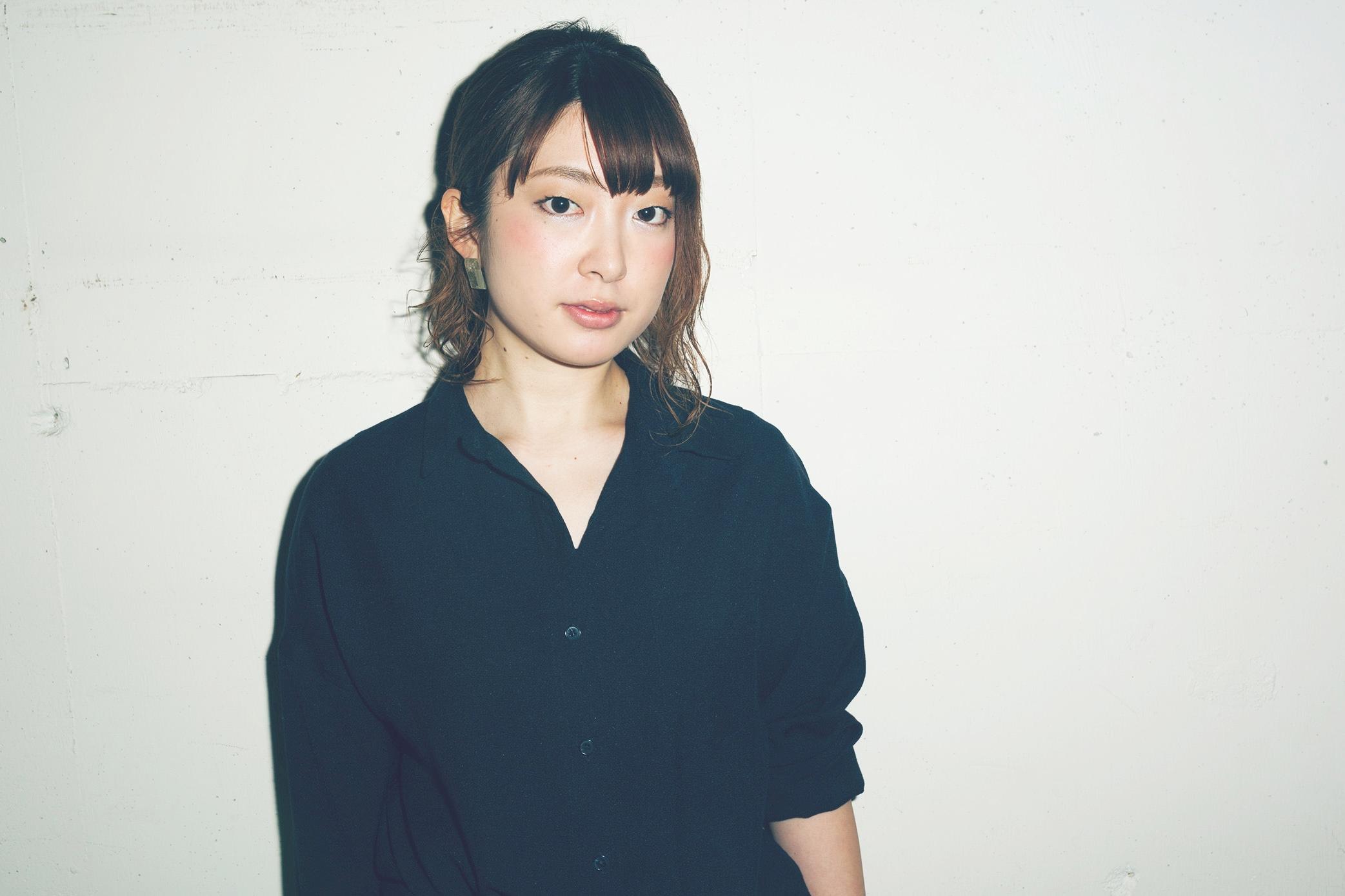 Chiharu Waki   Stylist  東京都出身。国際文化理容美容専門学校卒業。都内2店舗を経て2012年Savaに参加。