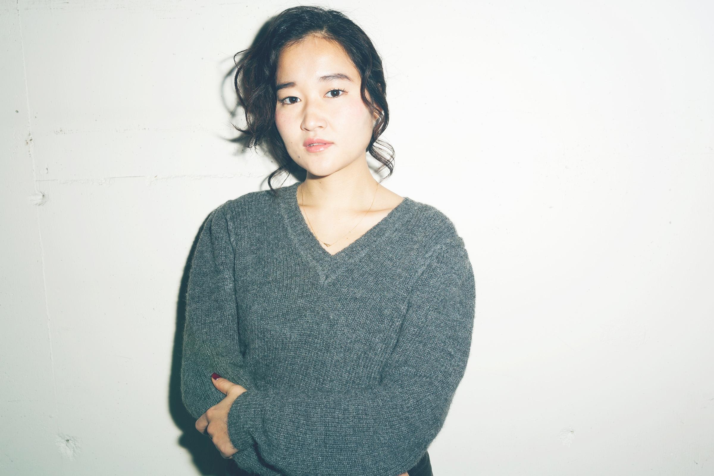 Ai Nakayama   Stylist  東京都出身。日本美容専門学校卒業。都内1店舗を経て2007年Savaに参加。サロンワーク、着物の着付けなどで活動する。