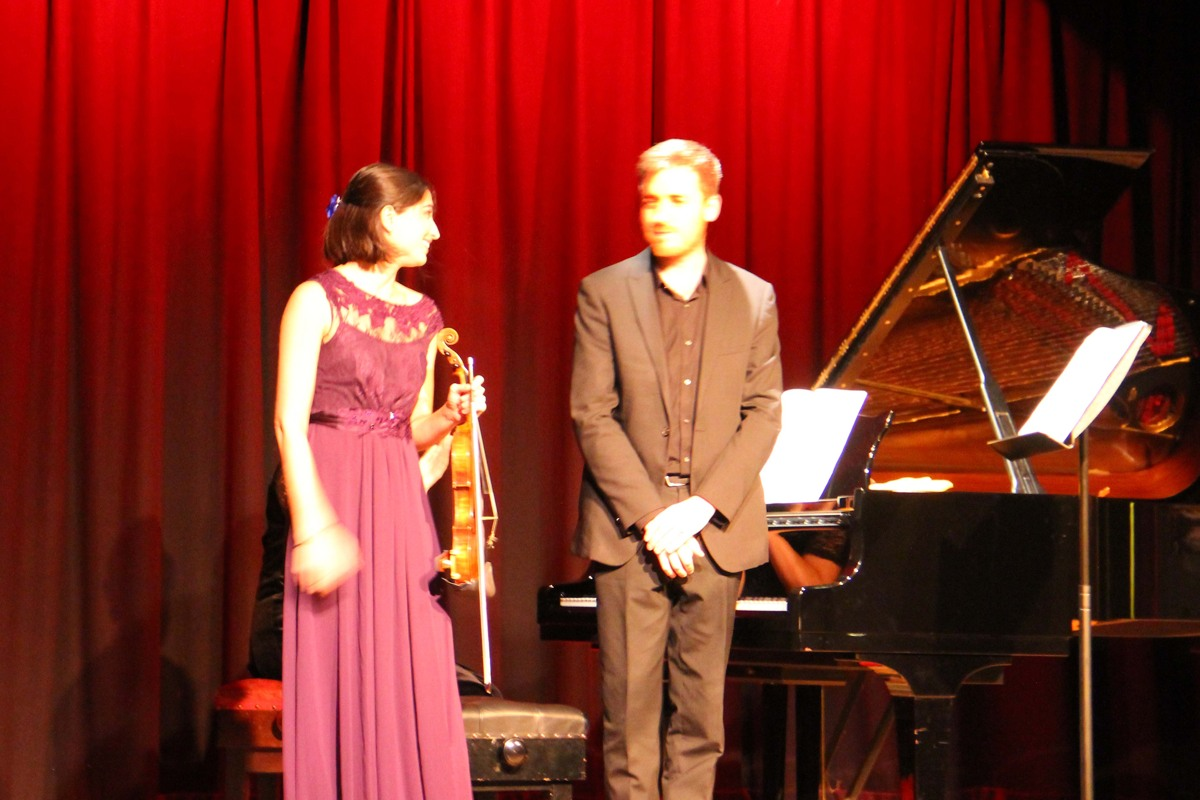 Savitri Greer and Richard Uttley play at West Wight Arts Association