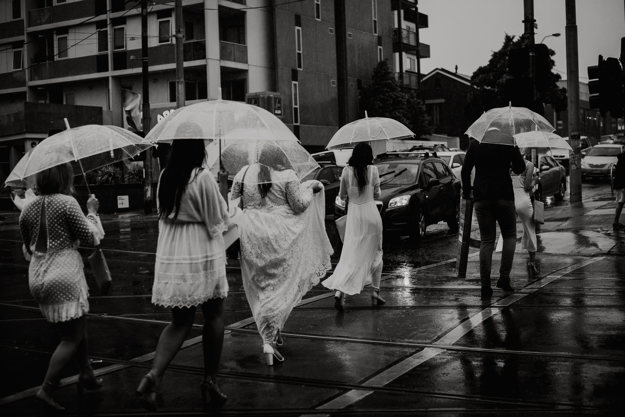 Regn på bryllupsdagen, bryllupsfotograf Bergen