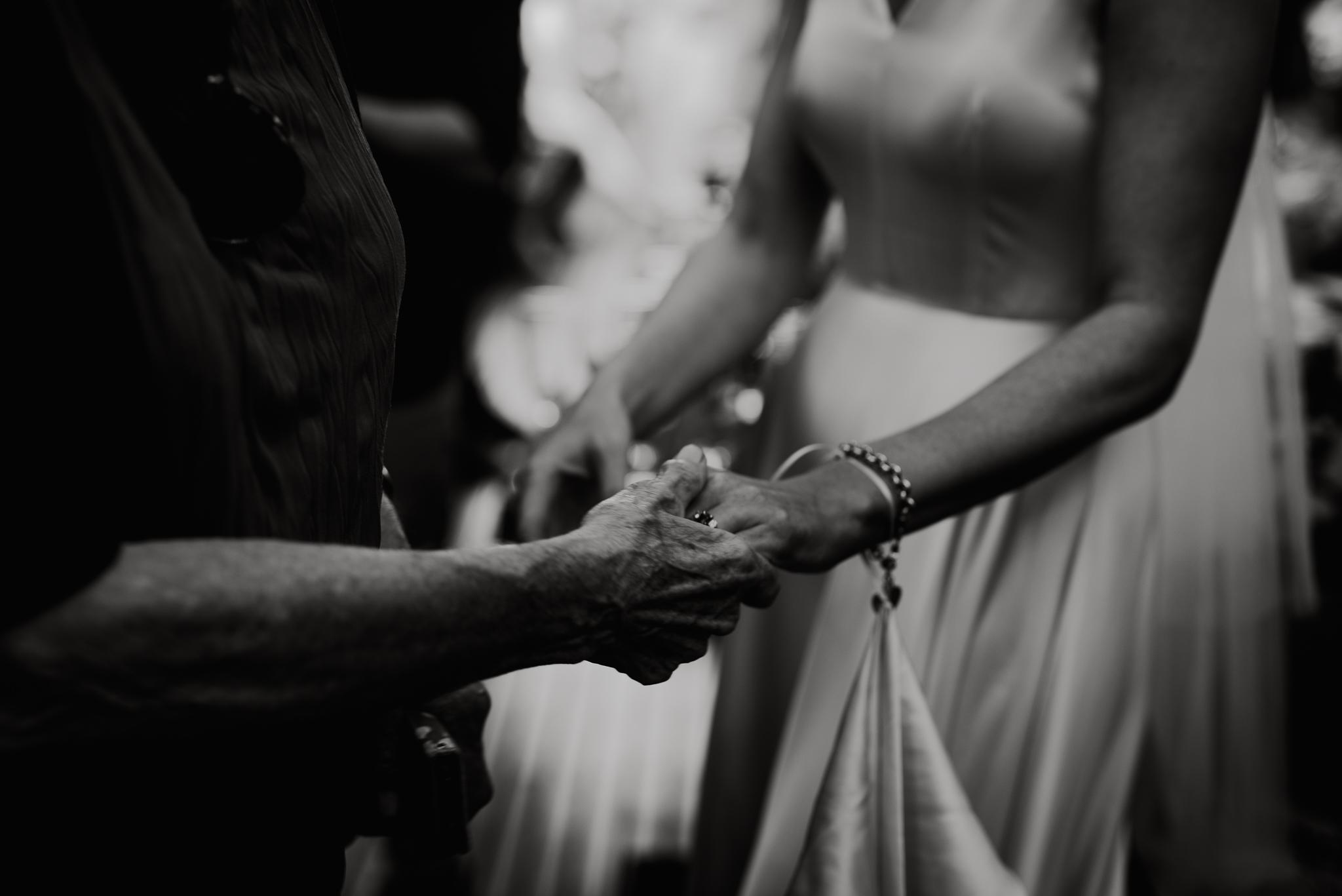 Heldags bryllupsfotograf i Norge, Bergen