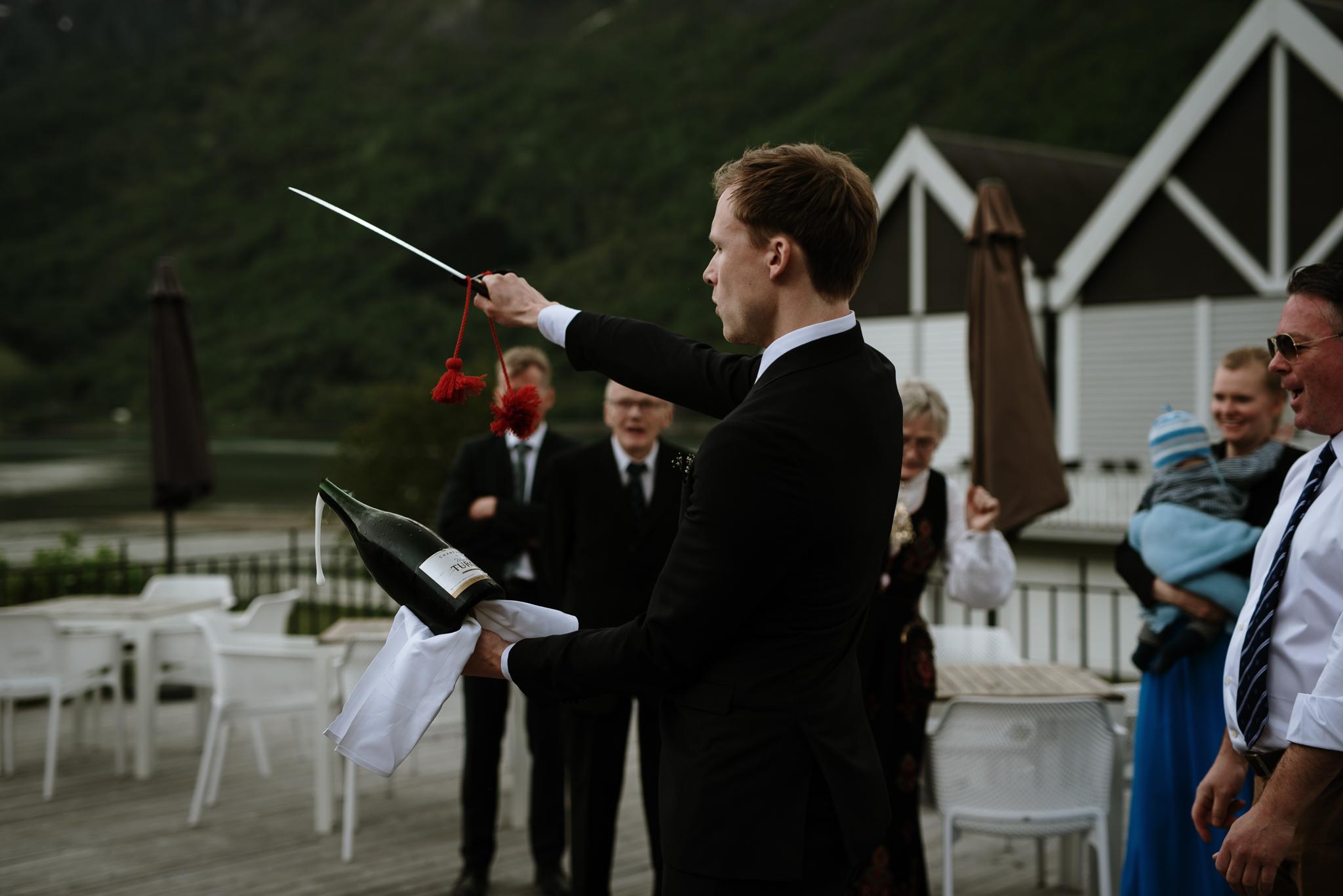 Bryllupsfotograf Sogndal - bryllup Skjolden Hotell_-51.jpg