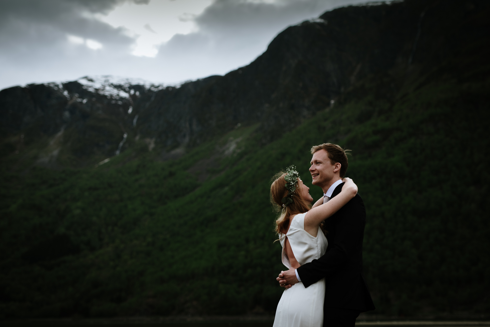 Bryllupsfotograf Sogndal - bryllup Skjolden Hotell_-66.jpg