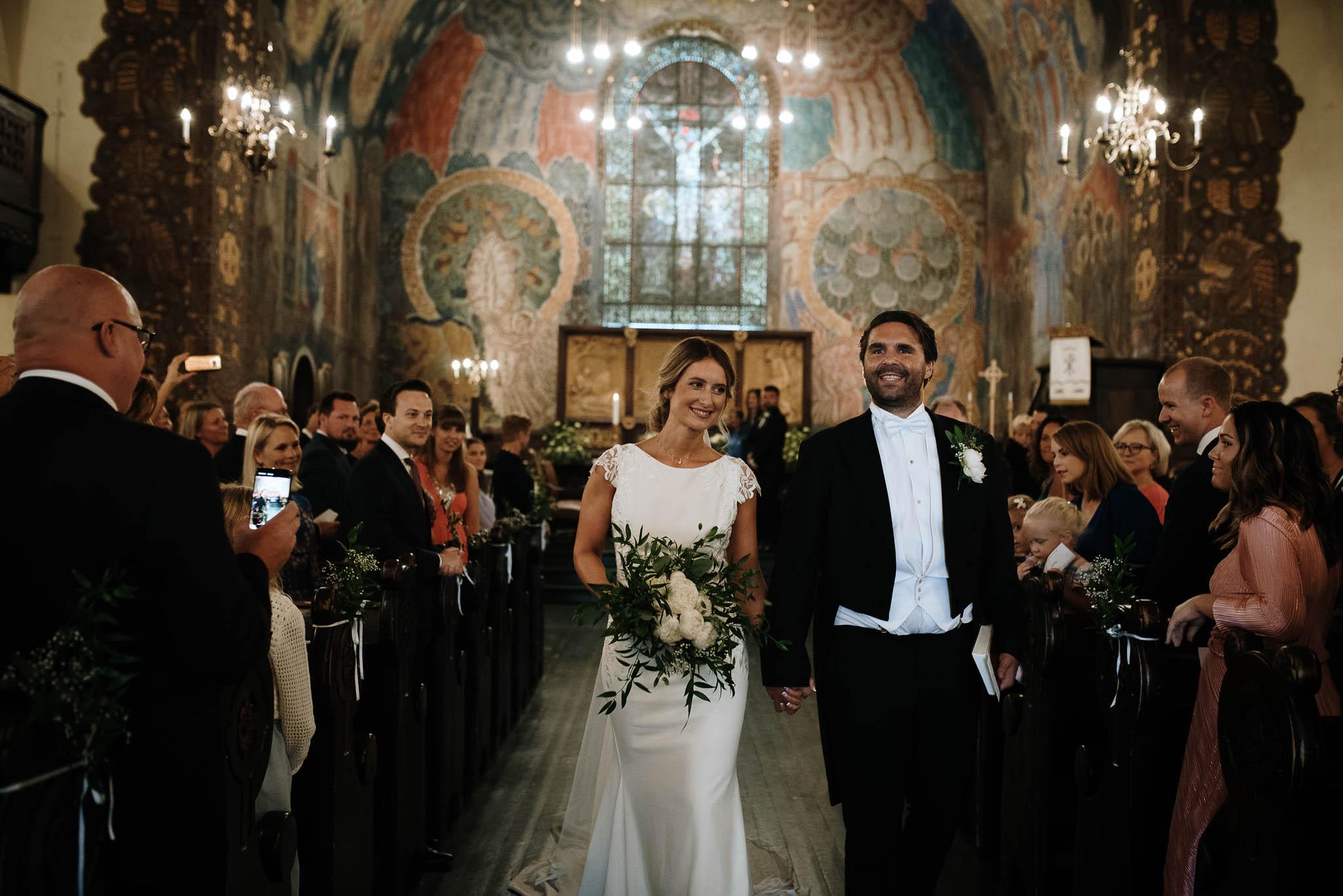 Bryllupsfotograf i Drammen - bryllup i Ålesund - Øygardshallen bryllup-44.jpg