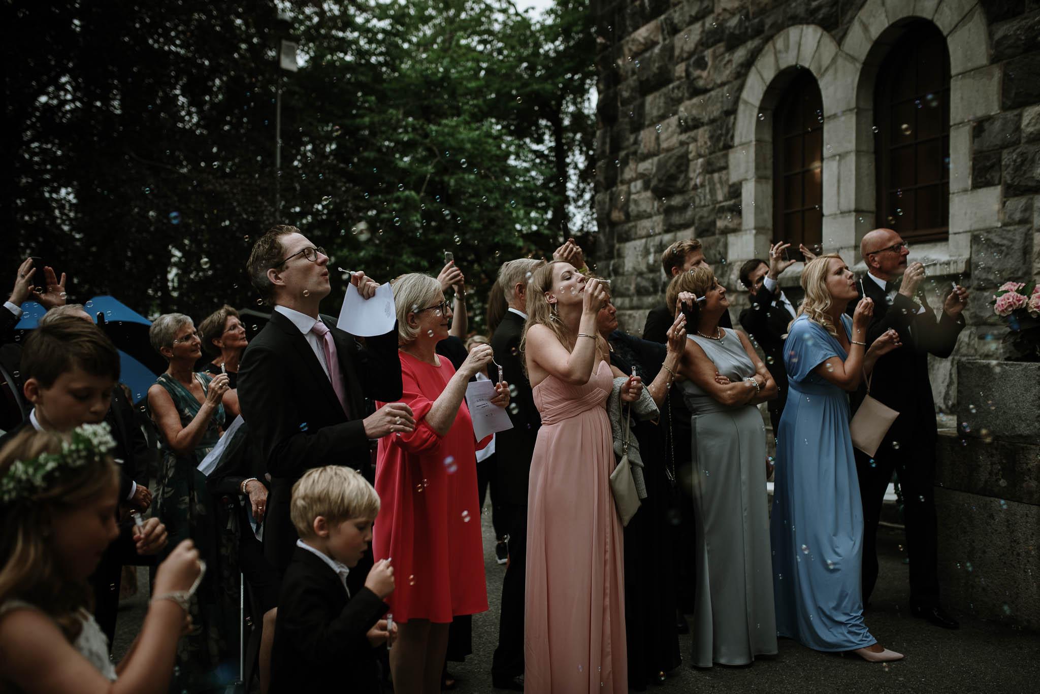 Bryllupsfotograf i Drammen - bryllup i Ålesund - Øygardshallen bryllup-56.jpg