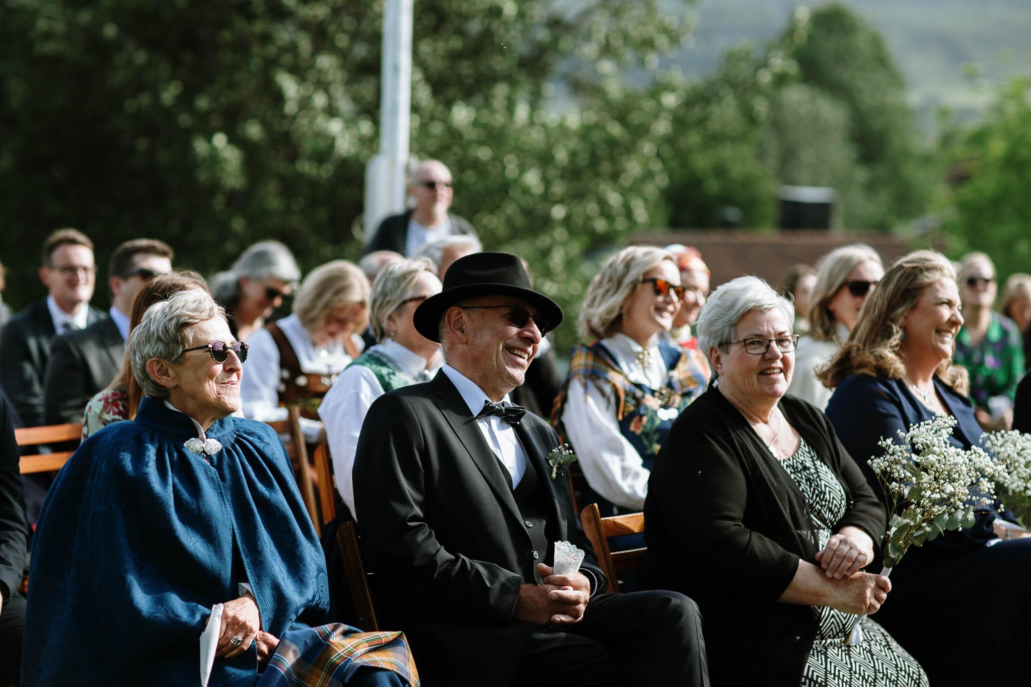 Bryllupsfotograf i Lofoten - wedding photographer Lofoten - bryllup harstad-22.jpg
