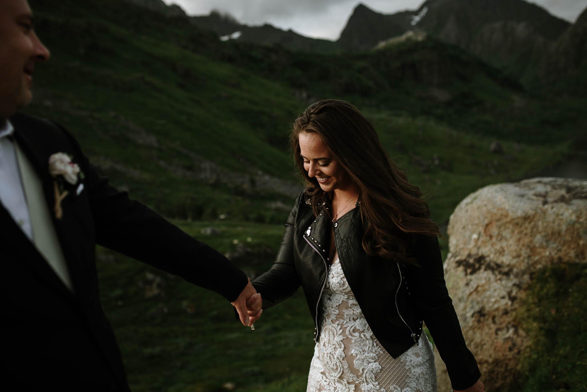 Bryllupsfotograf i Lofoten - wedding photographer Lofoten - bryllup harstad-69.jpg