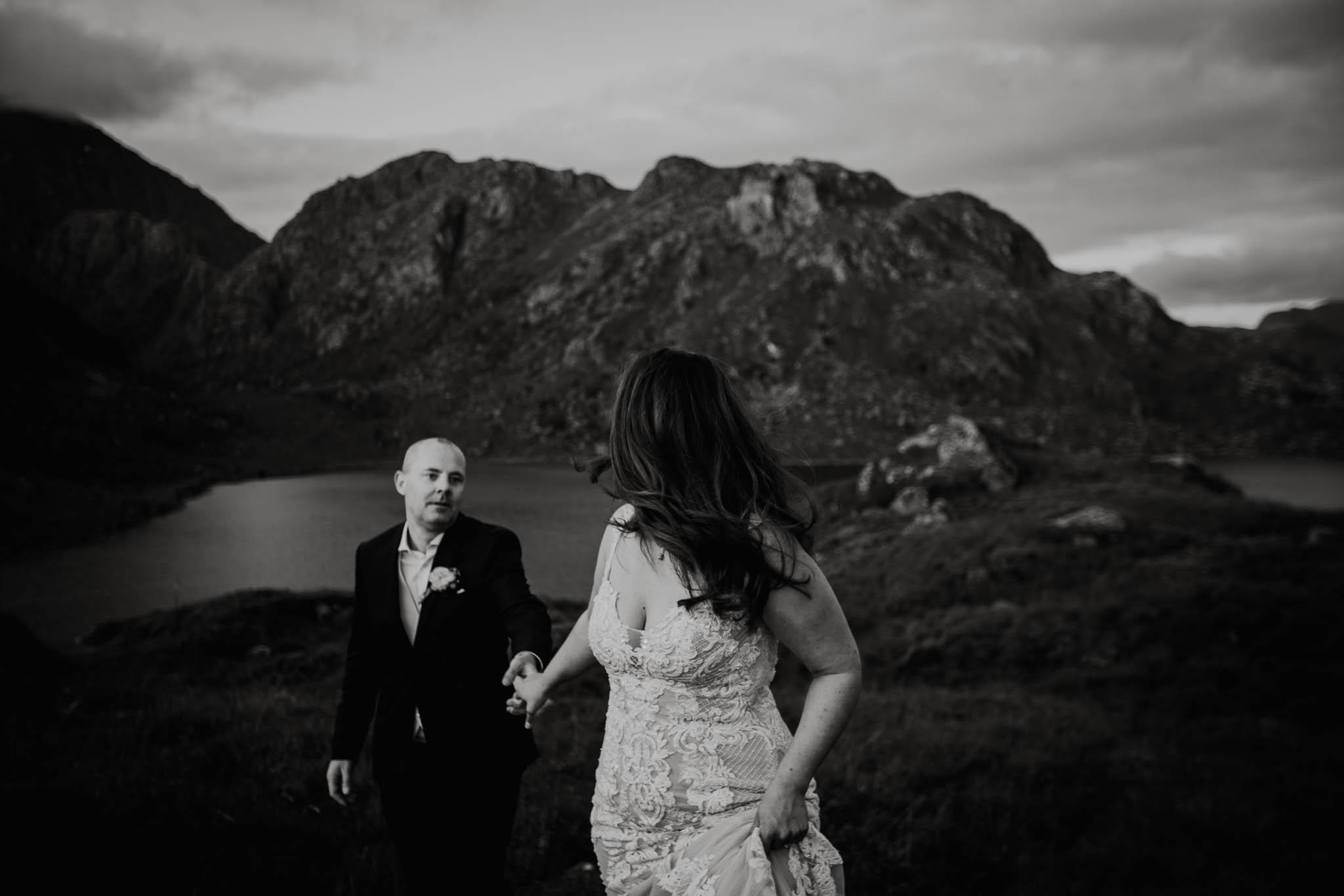 Bryllupsfotograf i Lofoten - wedding photographer Lofoten - bryllup harstad-80.jpg