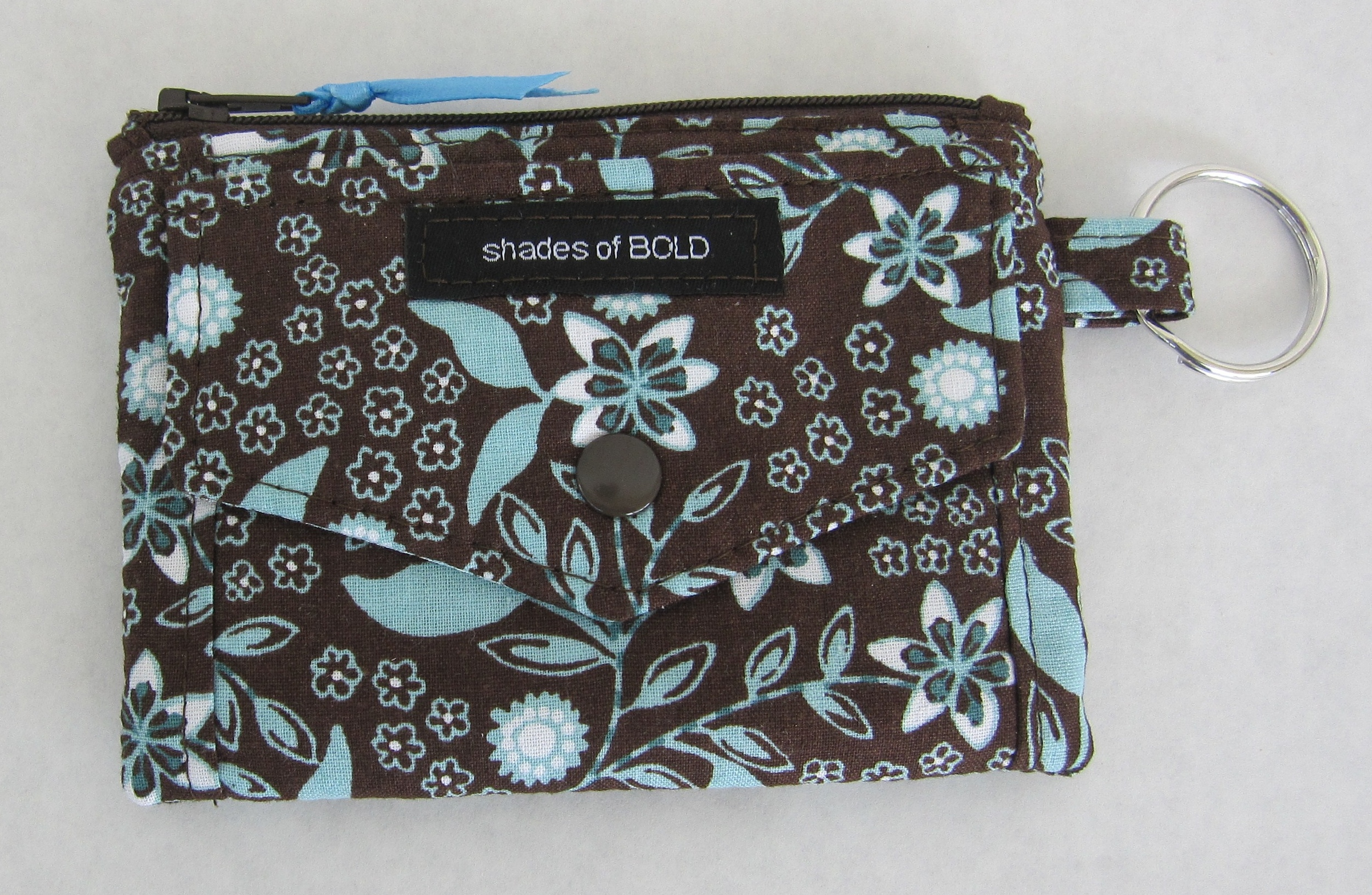 The front of the Kristine ID Wallet with its adorable envelope flap!