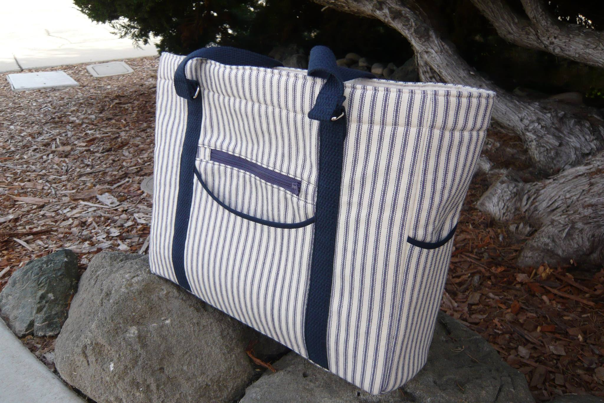 This tote is stylish and ready for a day of adventure!
