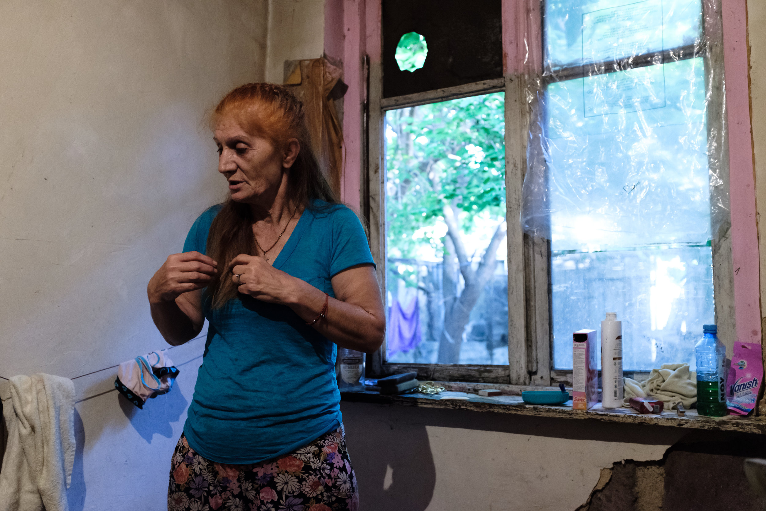 Anahit, 66 years old, used to live a comfortable life as an accountant before her husband died 25 years ago which placed her literally on the edge of poverty. She is both a mother and a grandmother and has difficulty finding any kind of job that can pay the bills.