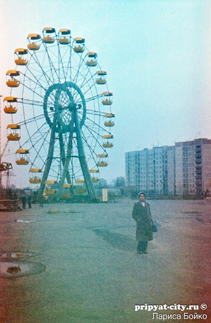 The ferris wheel of Pripyat before the disaster.
