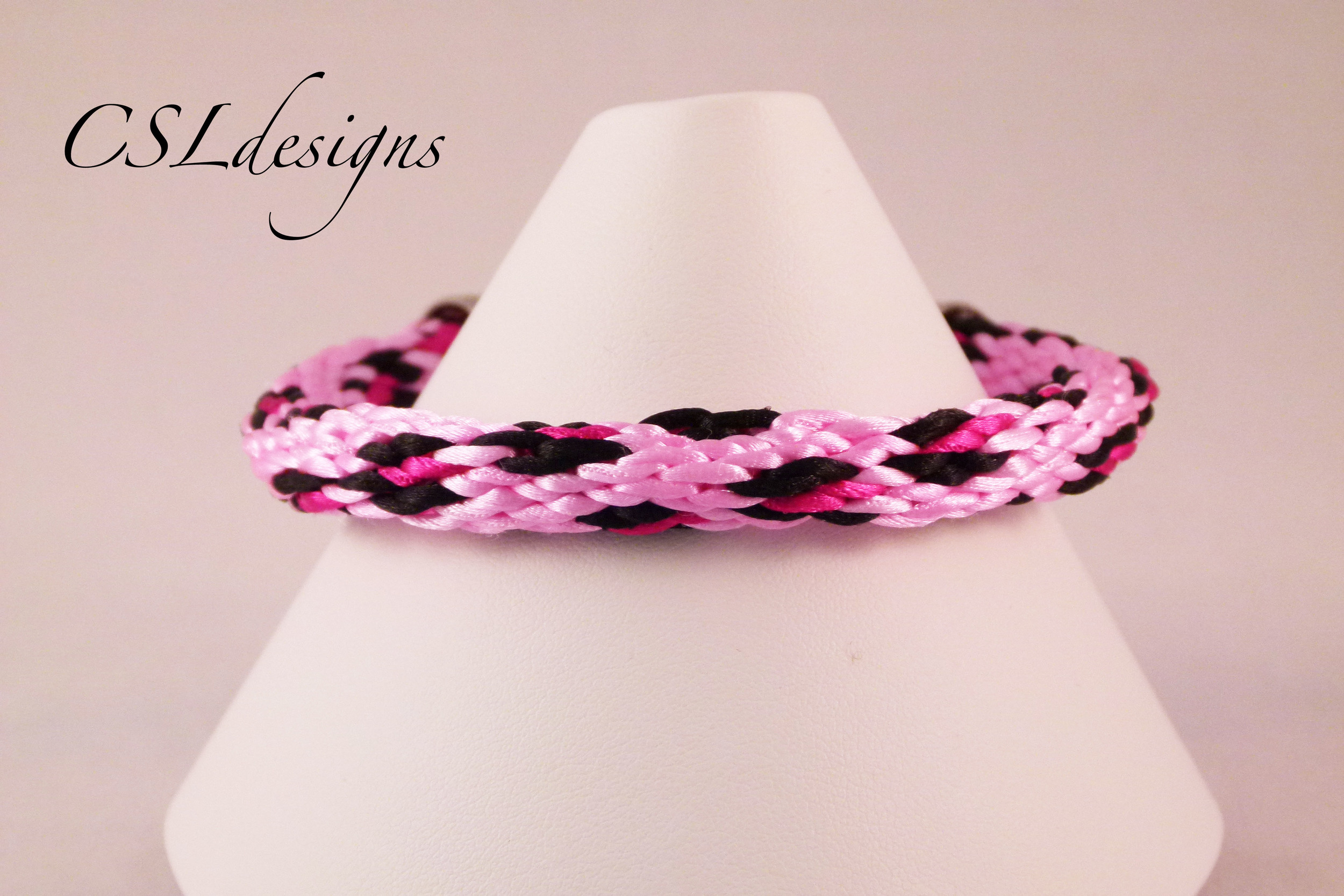 Leopard print kumihimo braid pink close.jpg