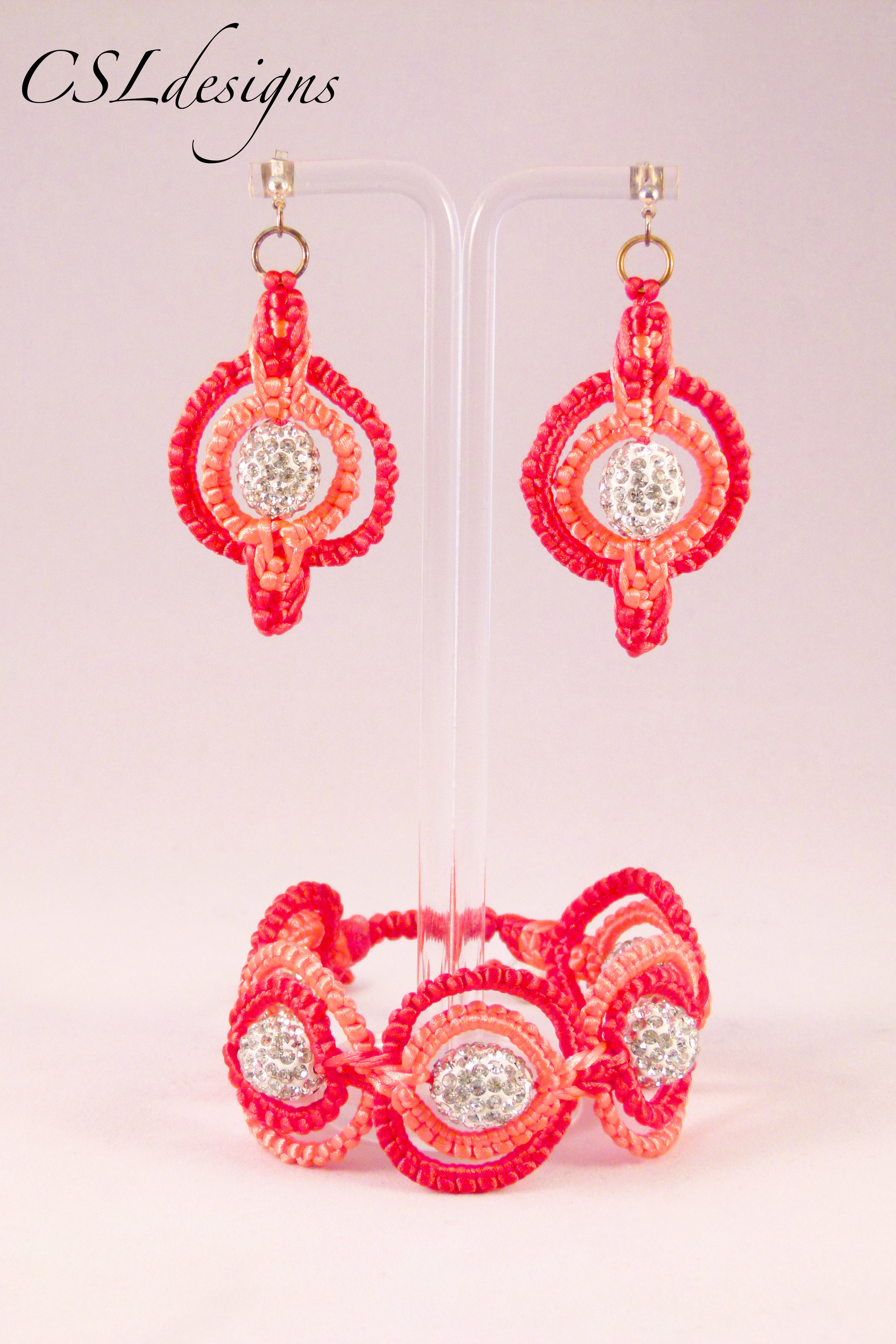 Double circle macrame set orange.jpg