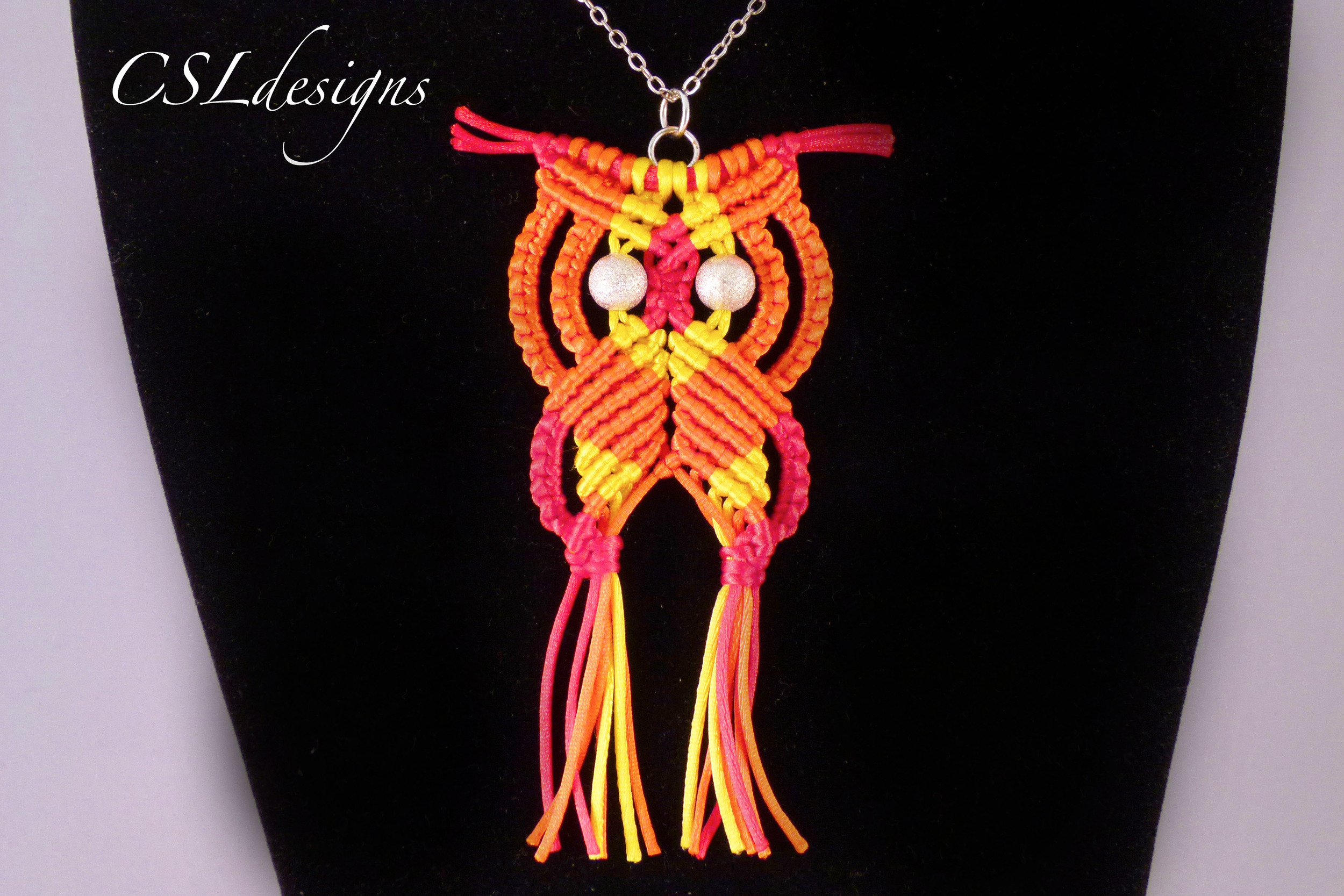 Macrame owl orange.jpg