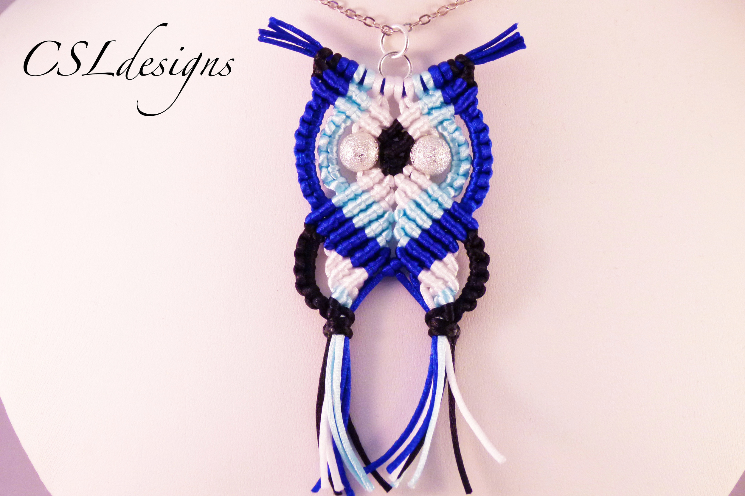 Blue macrame owl necklace close.jpg