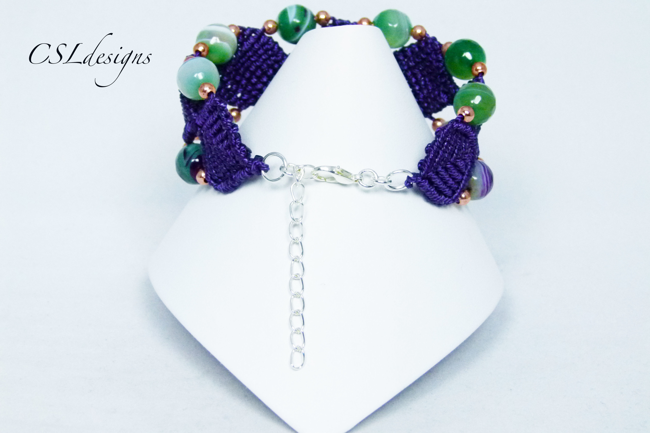 Beaded diamonds macrame bracelet back full.jpg