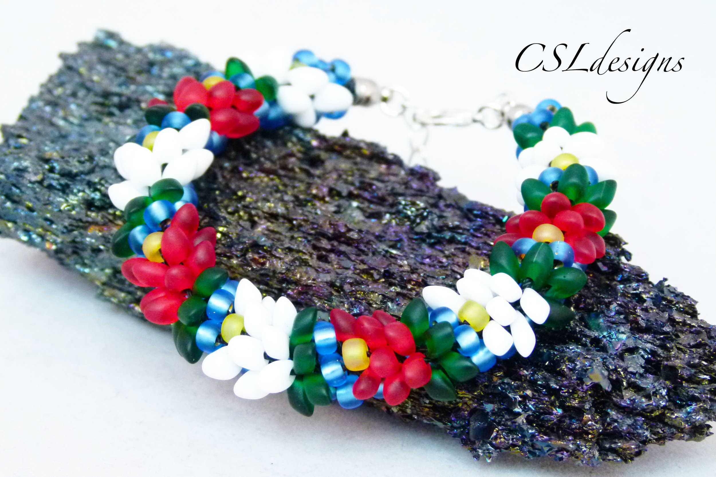 Water lilly beaded kumihimo bracelet thumbnail 2.jpg