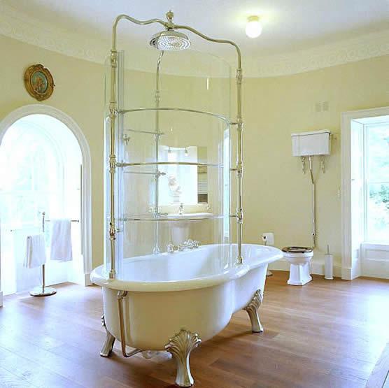 castlecoote house bathroom.jpg