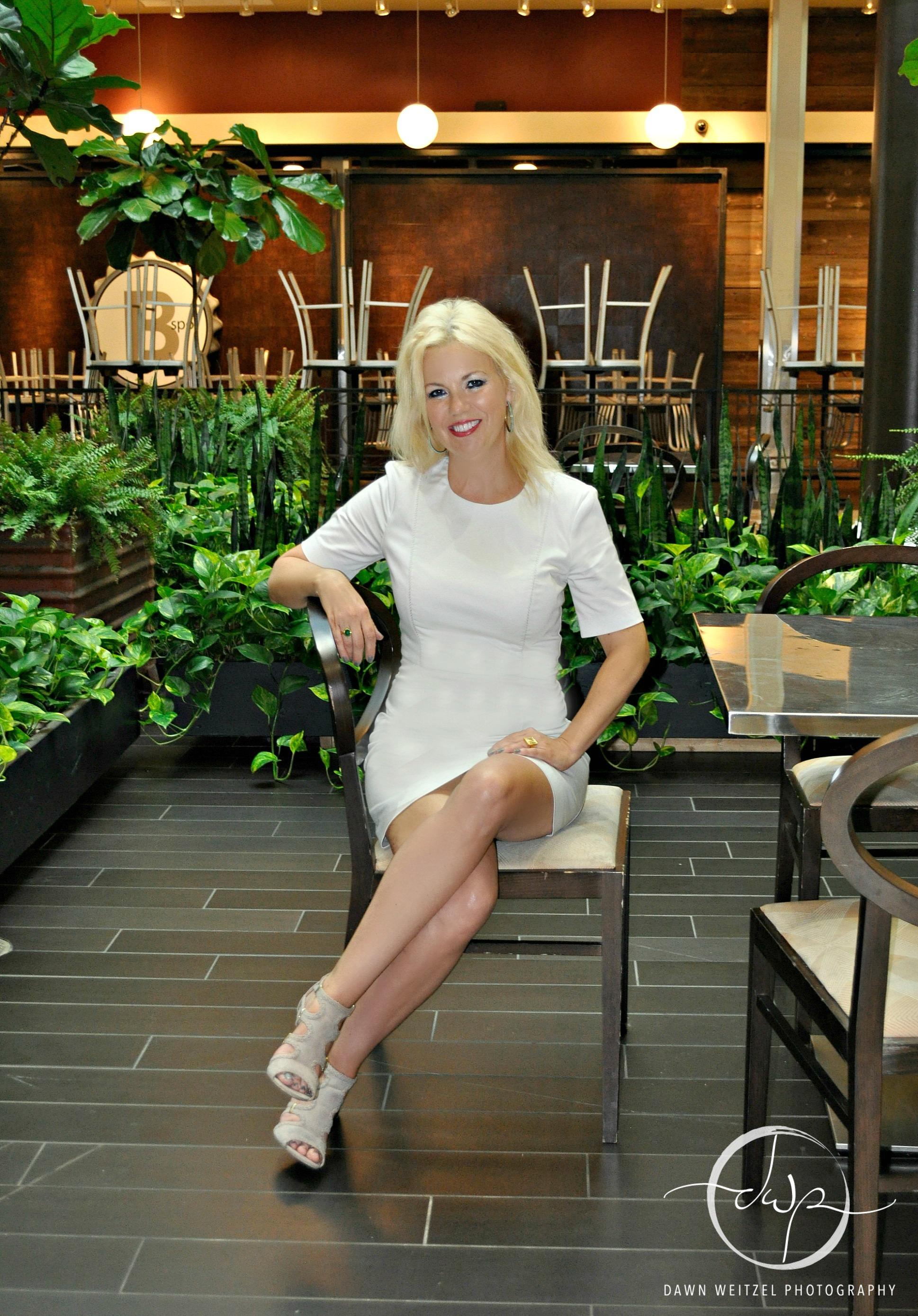 You can find Stephanie @ designersenvelop.com