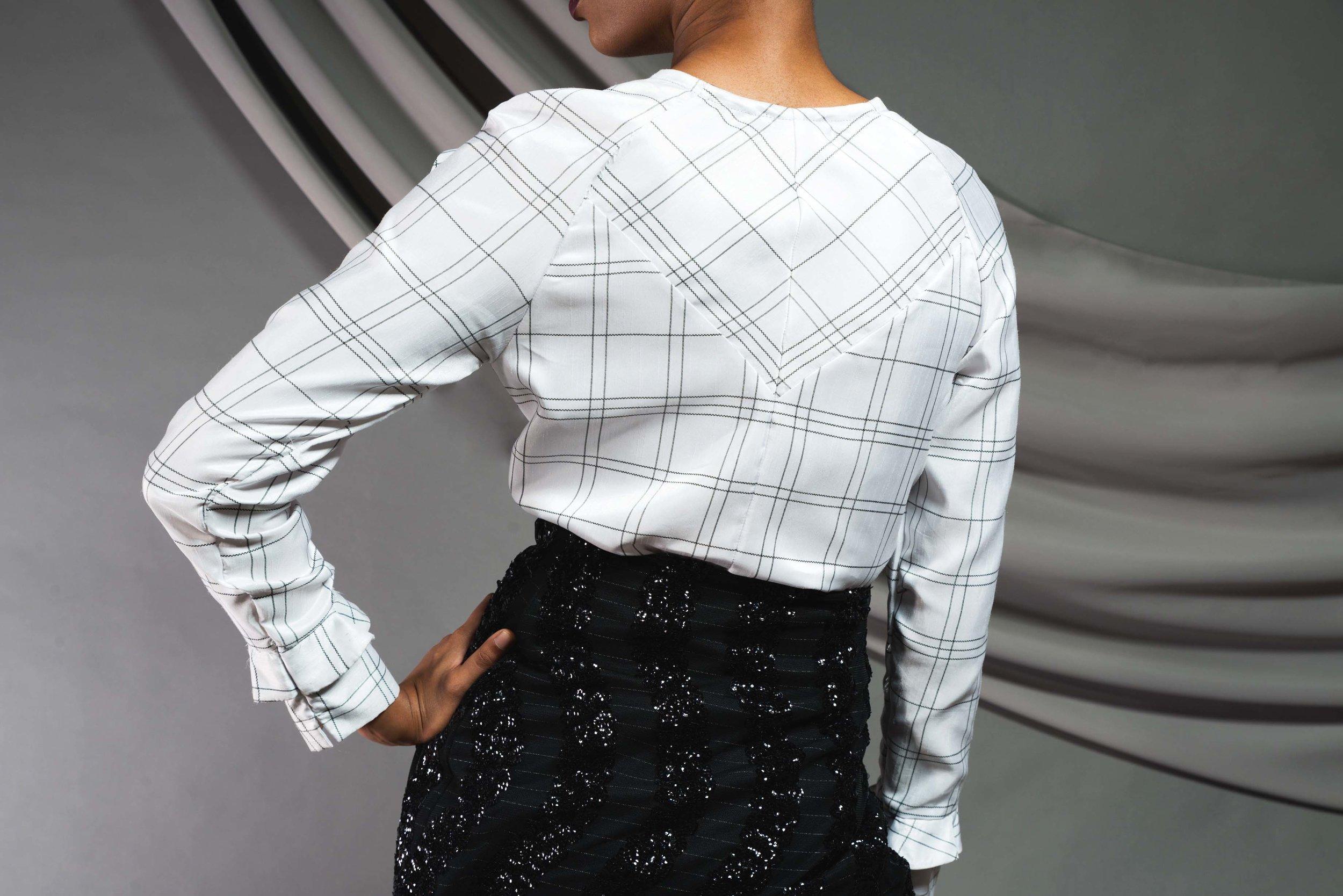 bw-split-skirt-back-detail.jpg