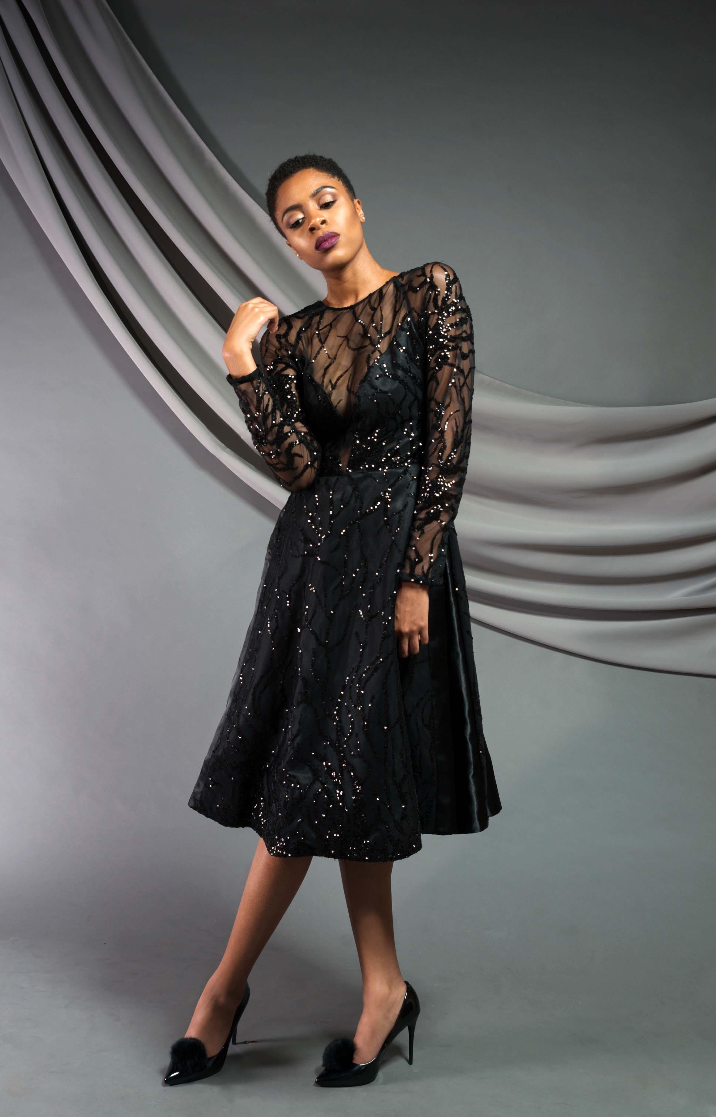 Knee-length sequin flare dress: Patterned Sequin mesh, satin shantung