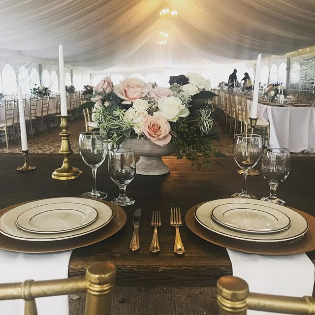 Stunning flowers by @rosewoodfloraldesigns this past weekend! #weddingflowers #fallwedding #weddingdecor #farmtable  Looking forward to seeing the real deal photos from @alimclaughlin 😊