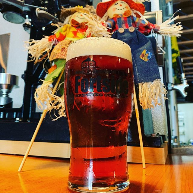 Feeling like #oktoberfest ! 'Fort-Fest' Oktoberfest Lager is on! So is 'Straight Outta Yakima'! Come get some 🌮 and 🍻!
