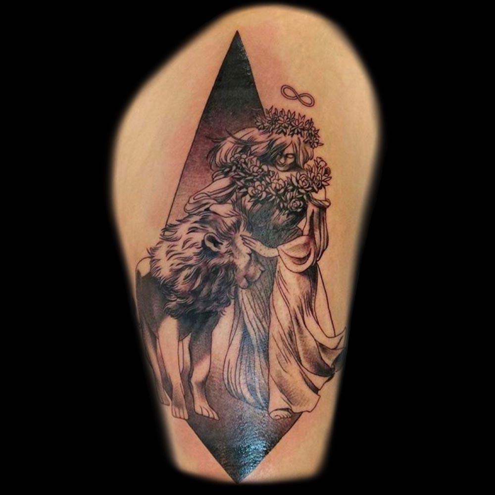 Mars_Luren_Sacred_Lotus_Tattoo_West_Asheville.jpg