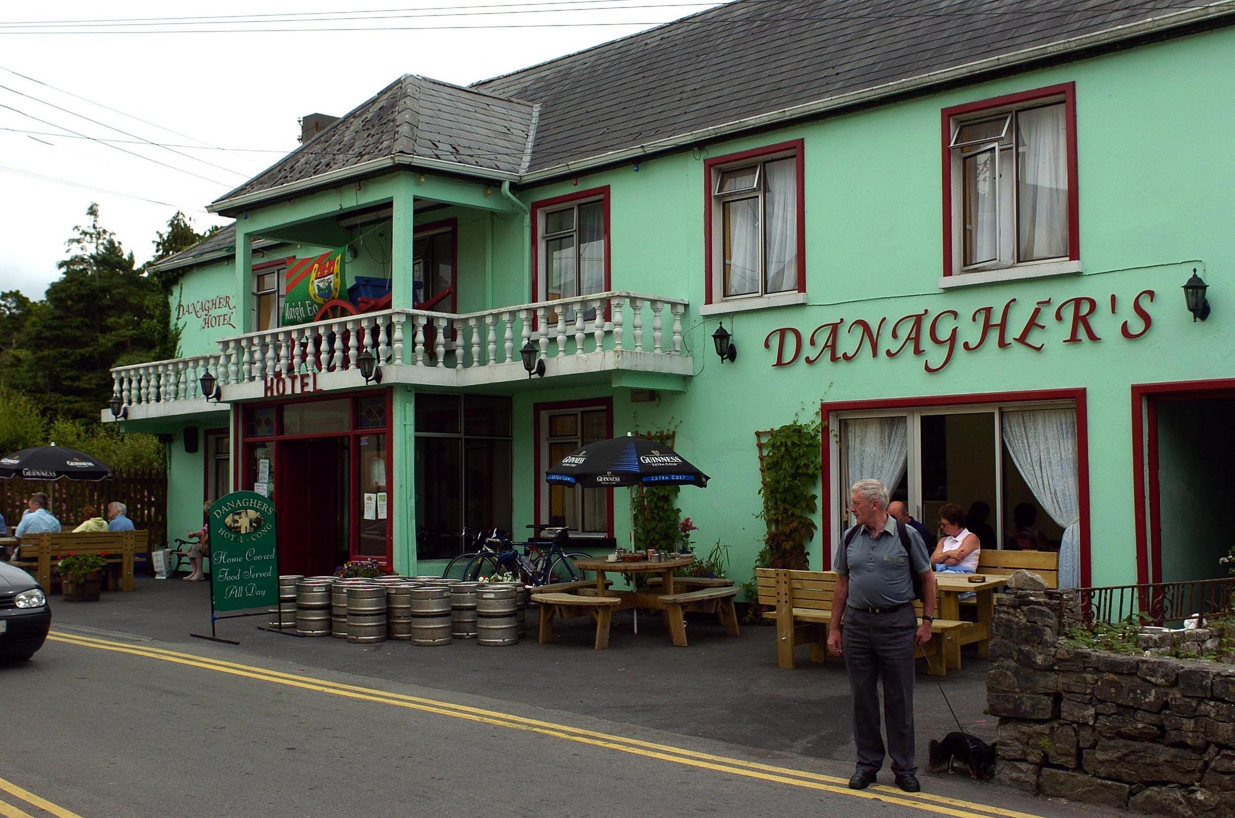 macmonagle pub00001.jpg
