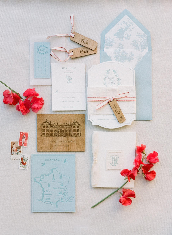 Sylvie-Gil-0026-Workshop-film-photography-chateau-wedding-france-details-invitation.jpg