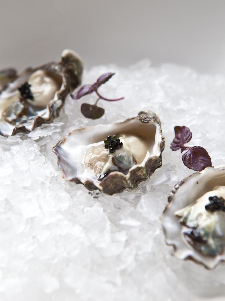 ICHI Kakiya (the oyster shop)