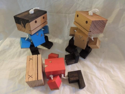 Star Trek robots from The Robot Consortium. I want the Leonard Nimoy one!