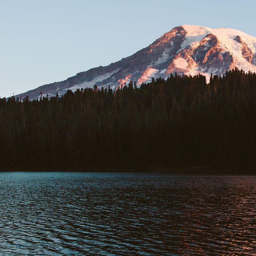 Mt Rainier Sun Rise