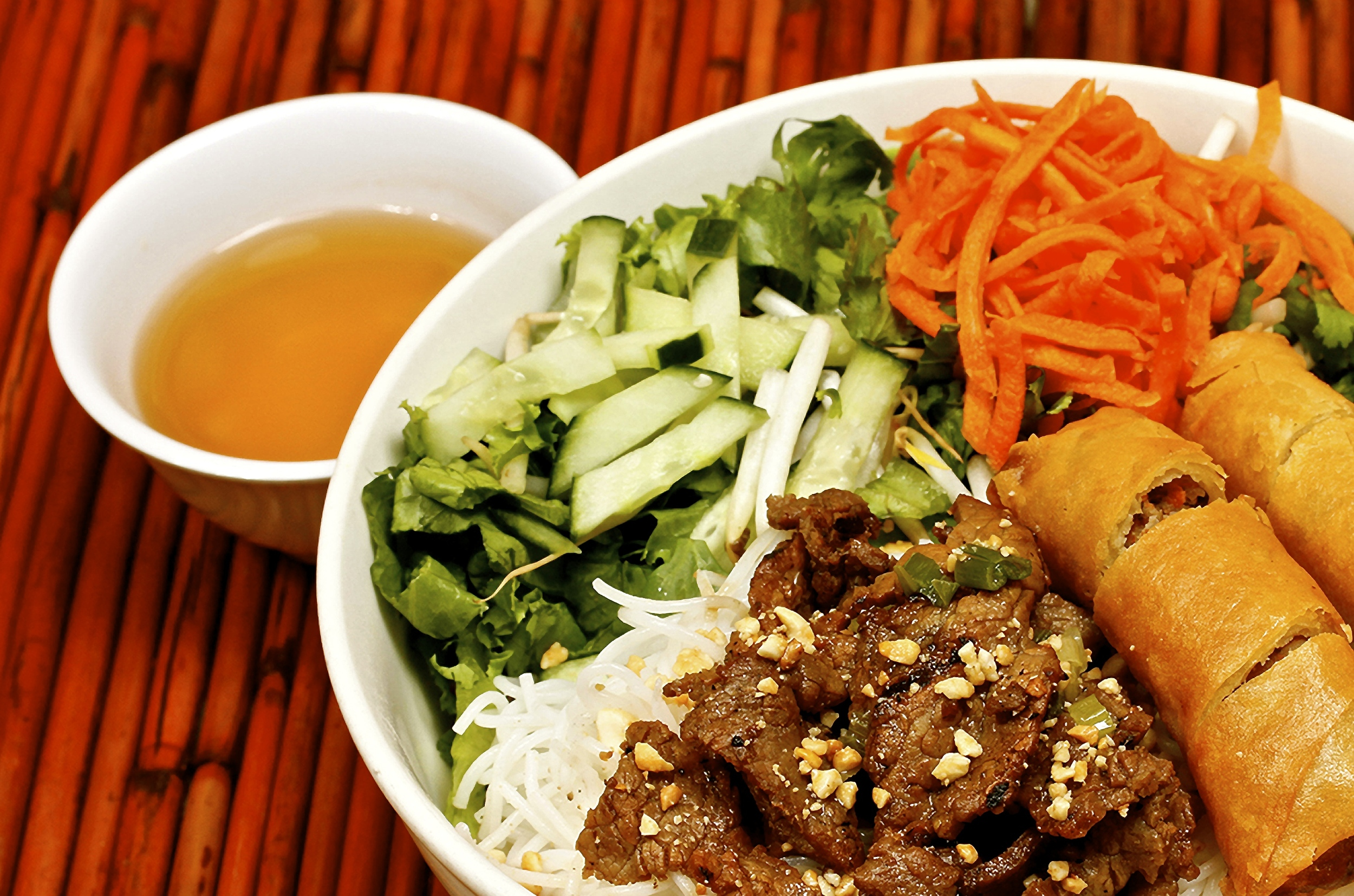 Egg Rolls with Marinated Grilled Beef