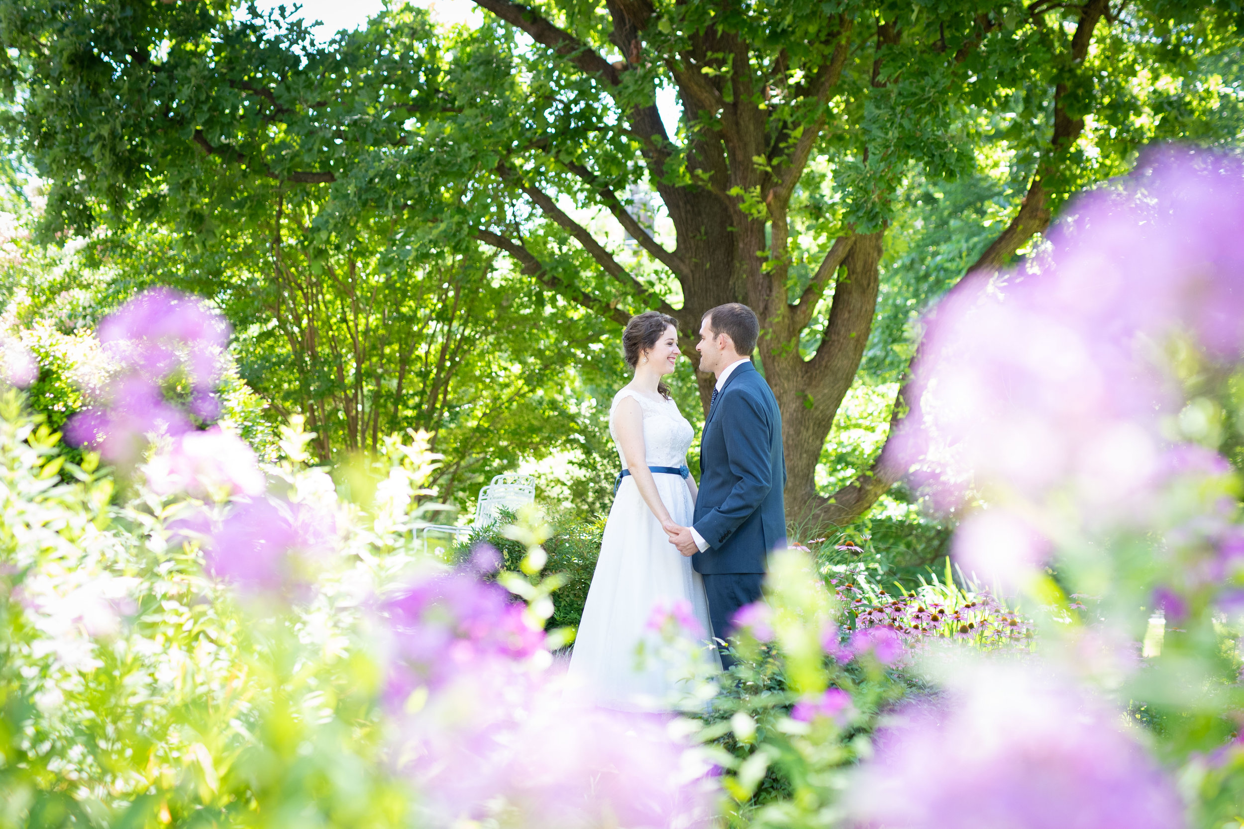 Outdoor images are often the stuff dreams are made of, yet indoor moments are often where intimate moments happen, away from the distractions of nature and prying eyes of guests.