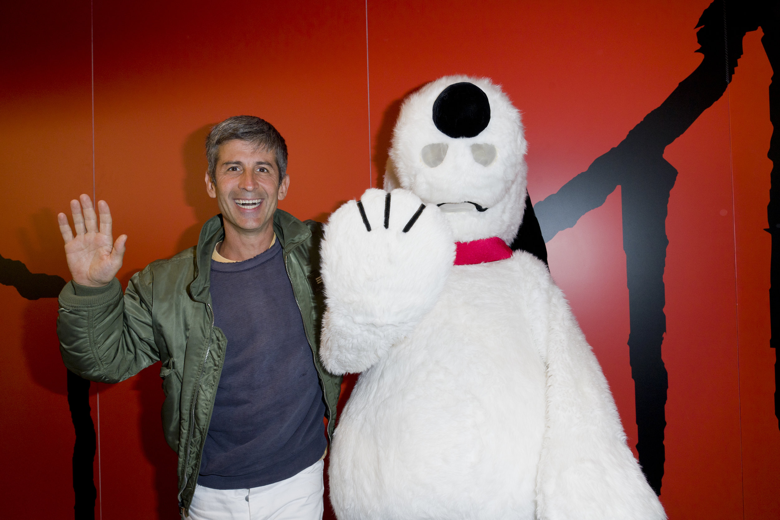 André Saraiva (Mr. A) x Peanuts Global Artist Collective in Galeries Lafayette, Paris