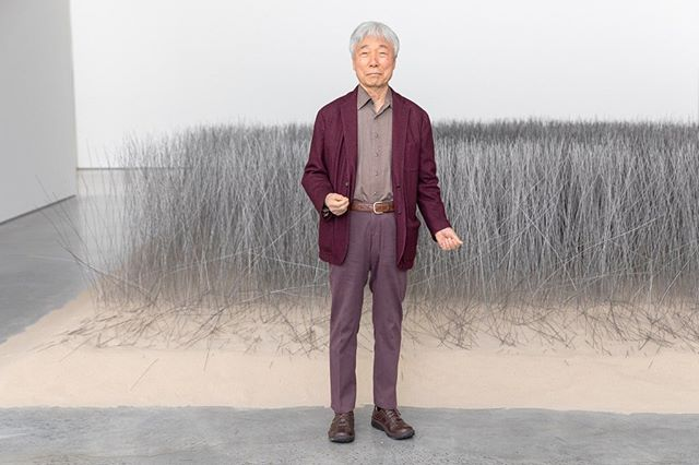 🥳✨ Happy Birthday ✨🥳 to #LeeUfan — Lee is one of the most recognized Korean minimalist painters and sculptors 💓💓