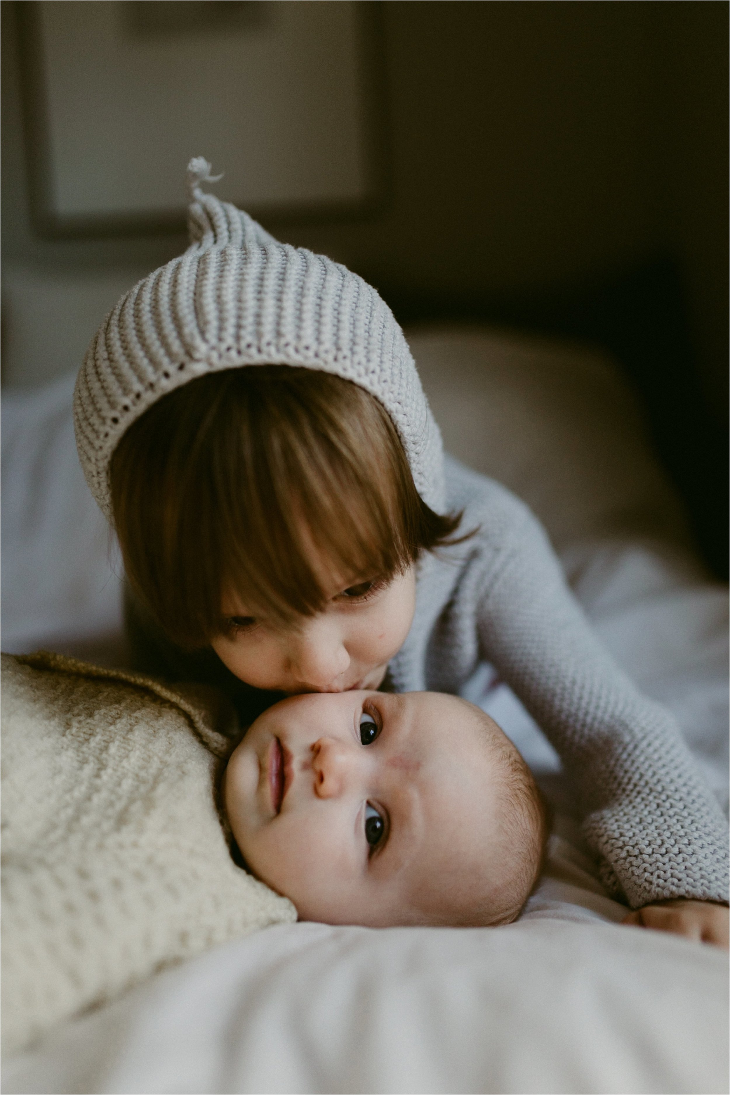 in-home-lifestyle-mama-and-baby-session-portland-family-photographer-19.jpg