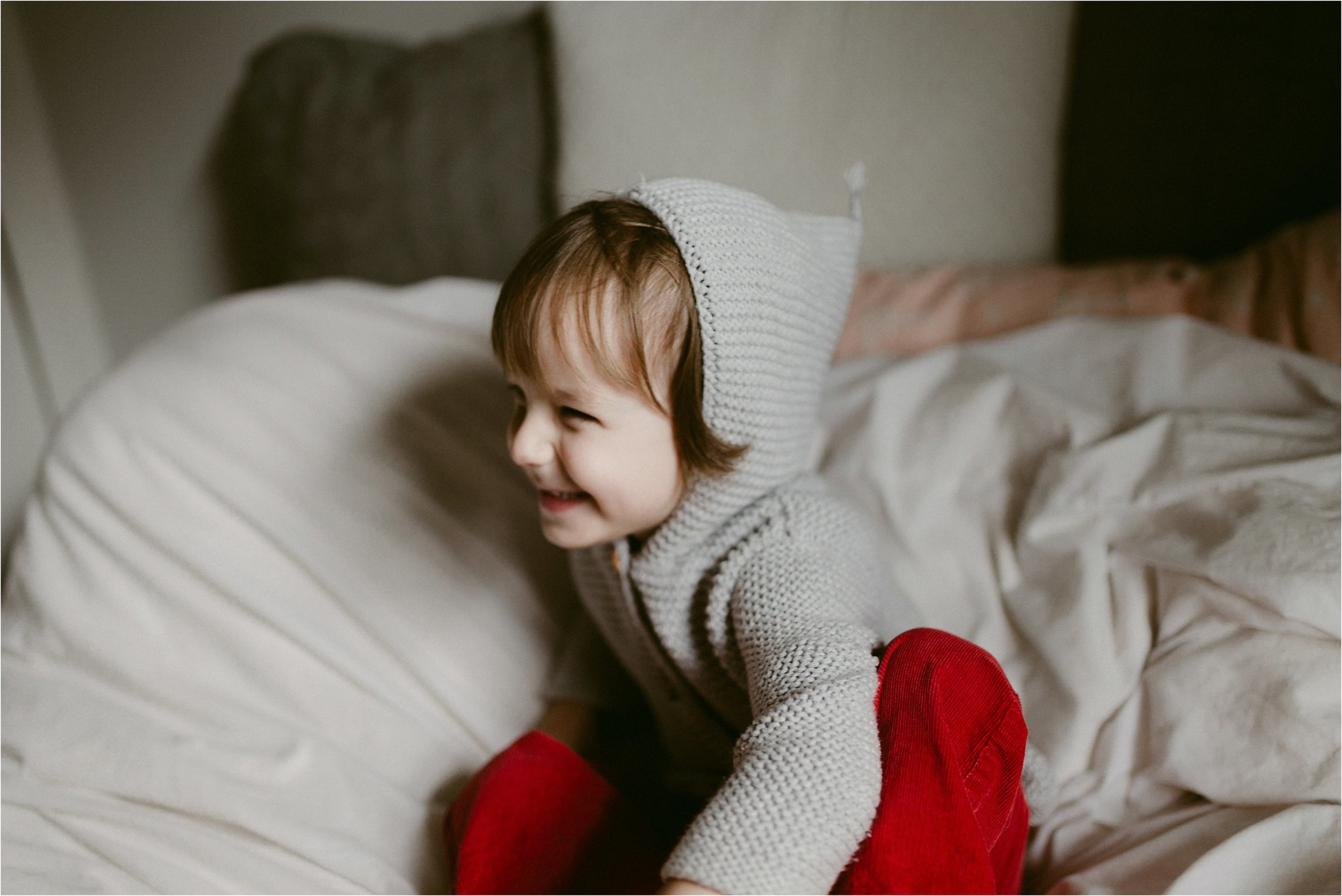 in-home-lifestyle-mama-and-baby-session-portland-family-photographer-45.jpg