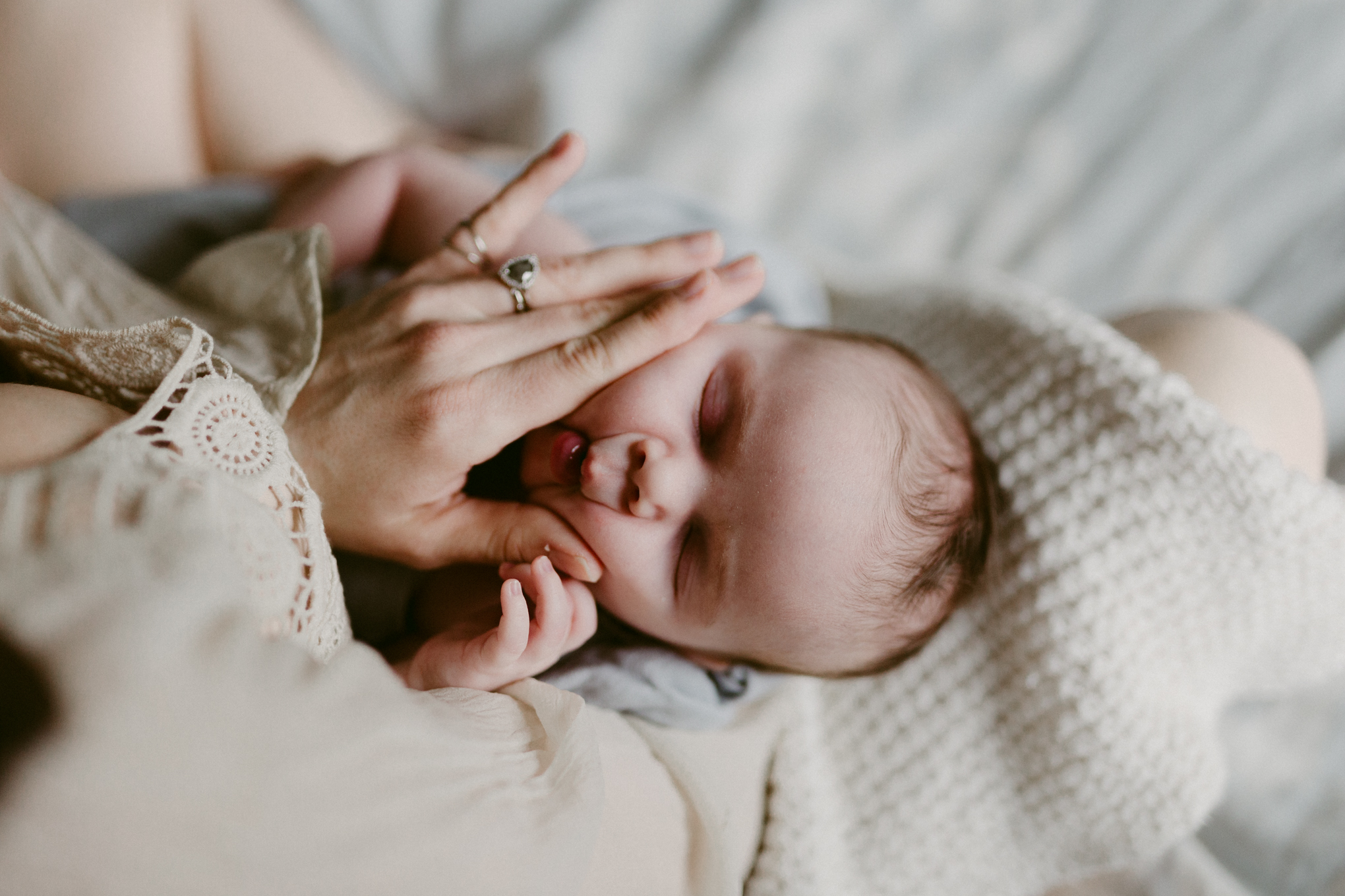 portland-in-home-newborn-boho-session-26.jpg