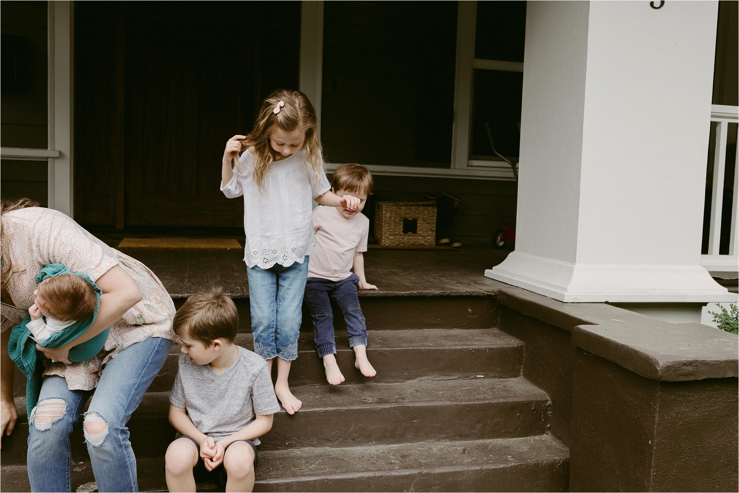 portland-family-photographer-in-home-session-1.jpg